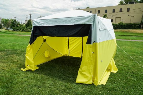 Image of the All-Weather Fiber Splicing Tent set up